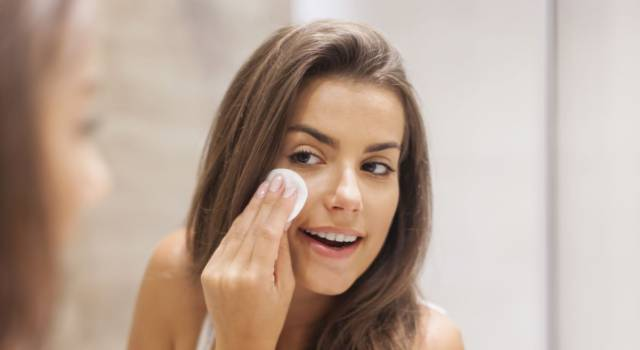 Dull and gray skin: the best natural remedies to brighten the face