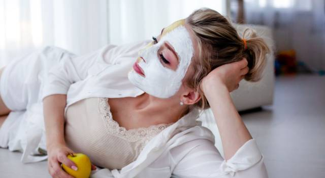 Apple face mask: purifying and anti-wrinkle recipes