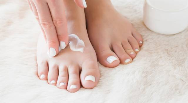 Curative pedicure: how to do it at home in a few steps