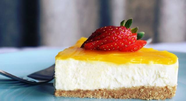 Lemon cheesecake: ingredients and recipe for a fresh and delicious dessert