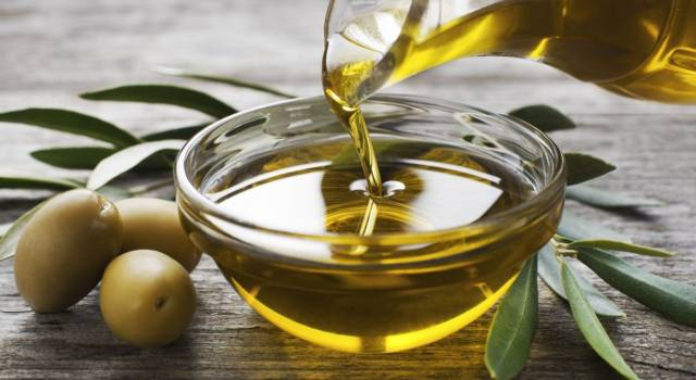 Extra virgin olive oil: a food rich in properties