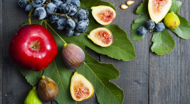 Seasonal fruit in October, an aid to the immune system