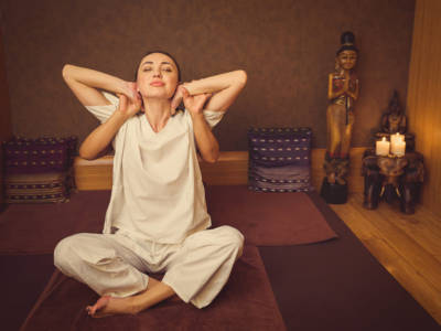 What is Thai massage and what beneficial effects does it have on the body and mind?