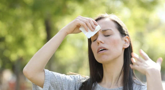 Flushes in menopause: here's why they come and how to remedy them