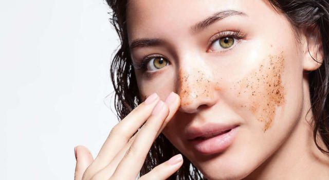 Face scrub: what are the benefits and how to prepare it at home