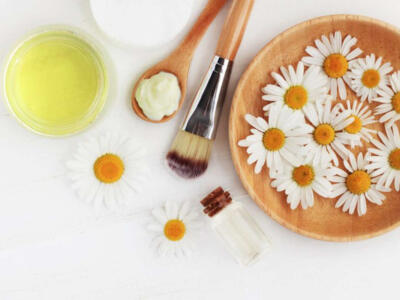 How to lighten hair with chamomile for a more than natural effect