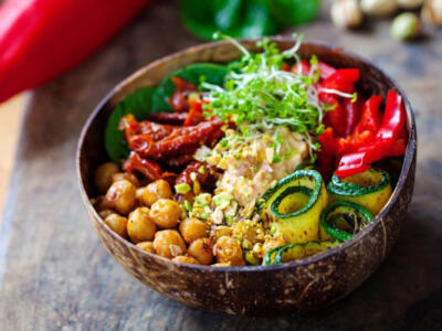How to follow a vegan diet to lose weight correctly