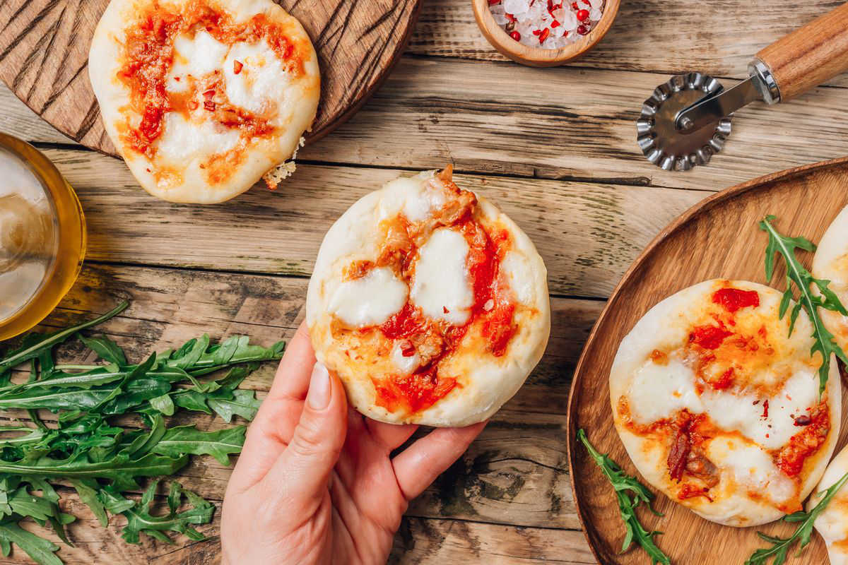 Quick pizzas