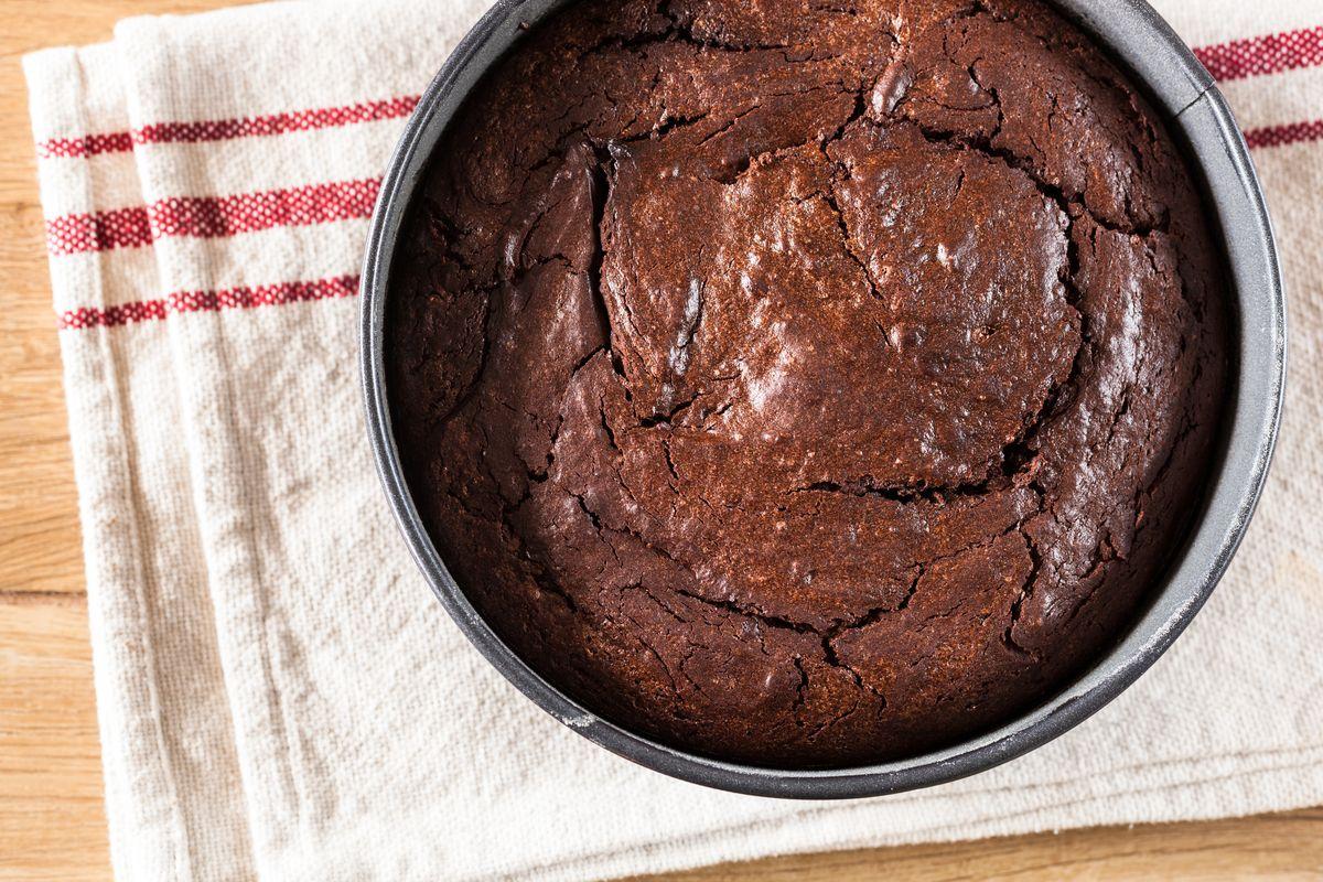 Philadelphia and chocolate cake