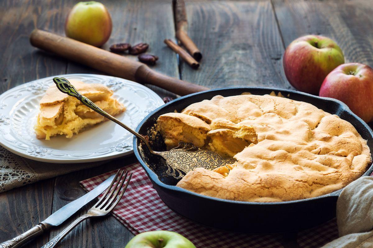 Pan-fried apple pie