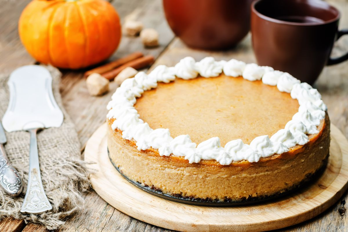 Pumpkin cheesecake without cooking