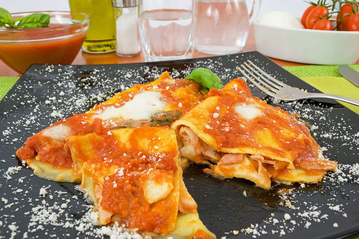Crepes with pizzaiola