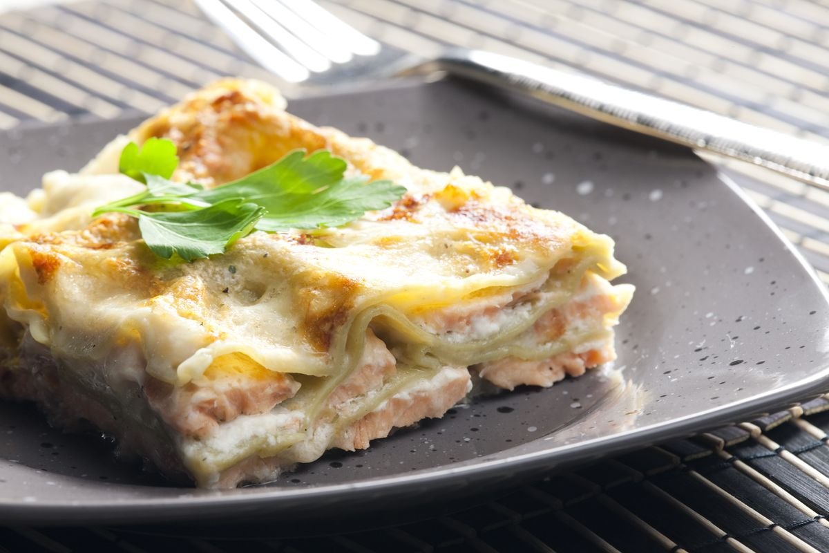 Lasagna with salmon and bechamel