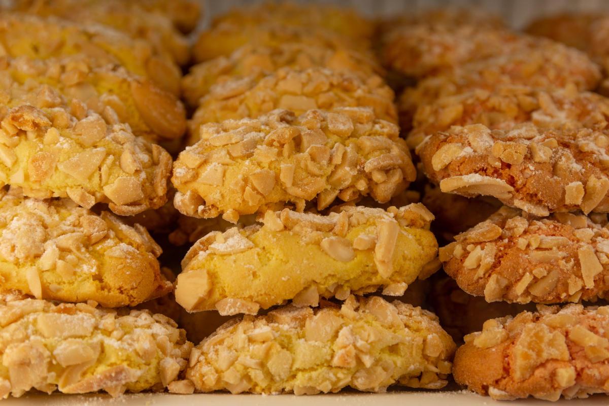 Almond paste pastries